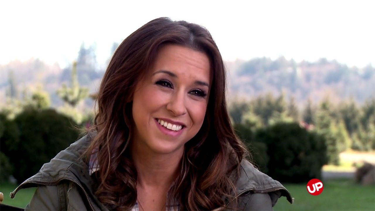The Tree That Saved Christmas - Christmas Memories: Lacey Chabert