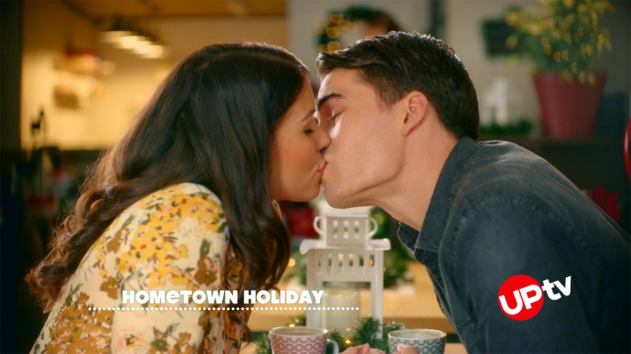 Hometown Holiday - Hometown Holiday – Movie Preview