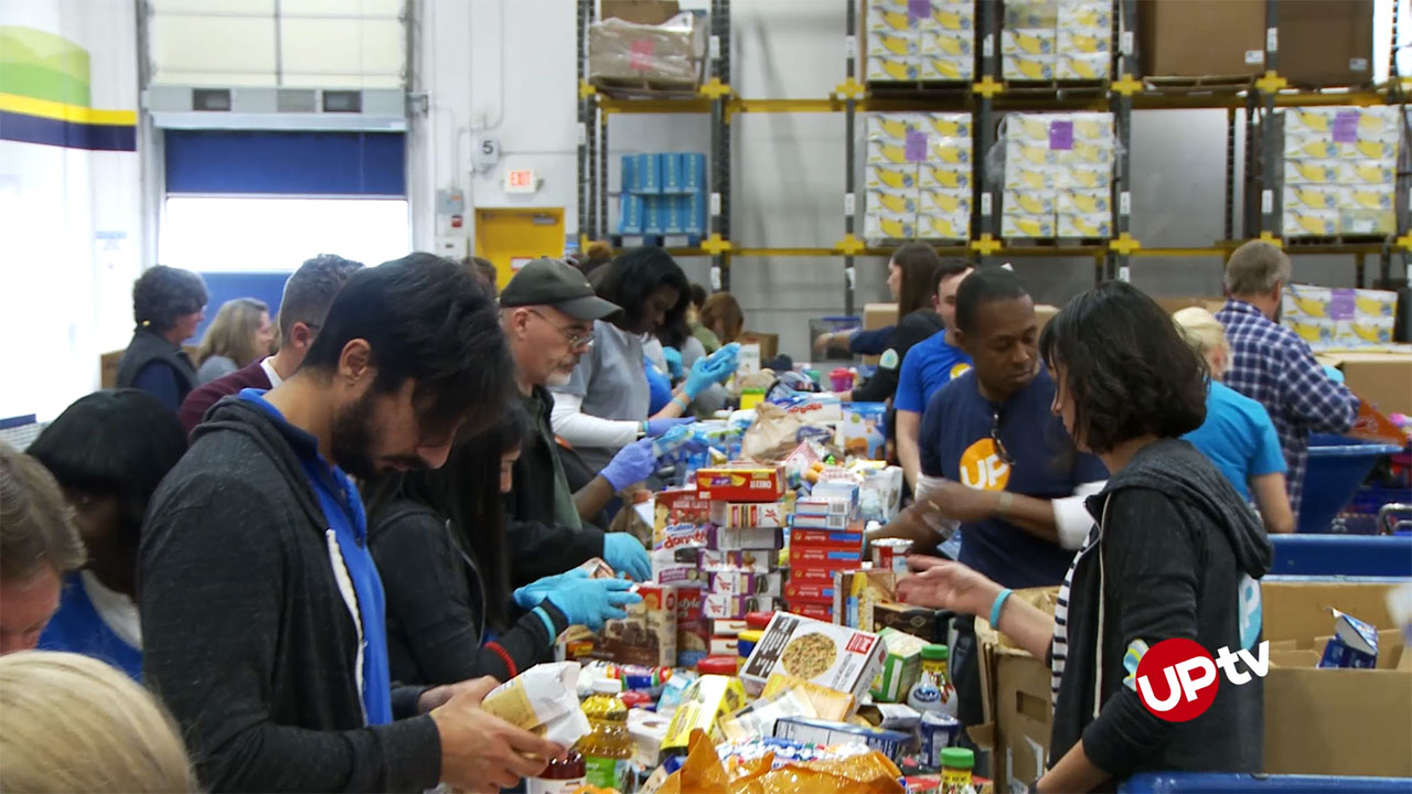 - UPtv Volunteers At Food Bank #UPliftSomeone