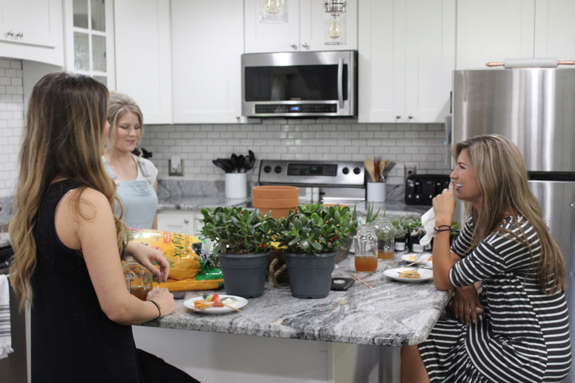 Bringing Up Bates Episode 801