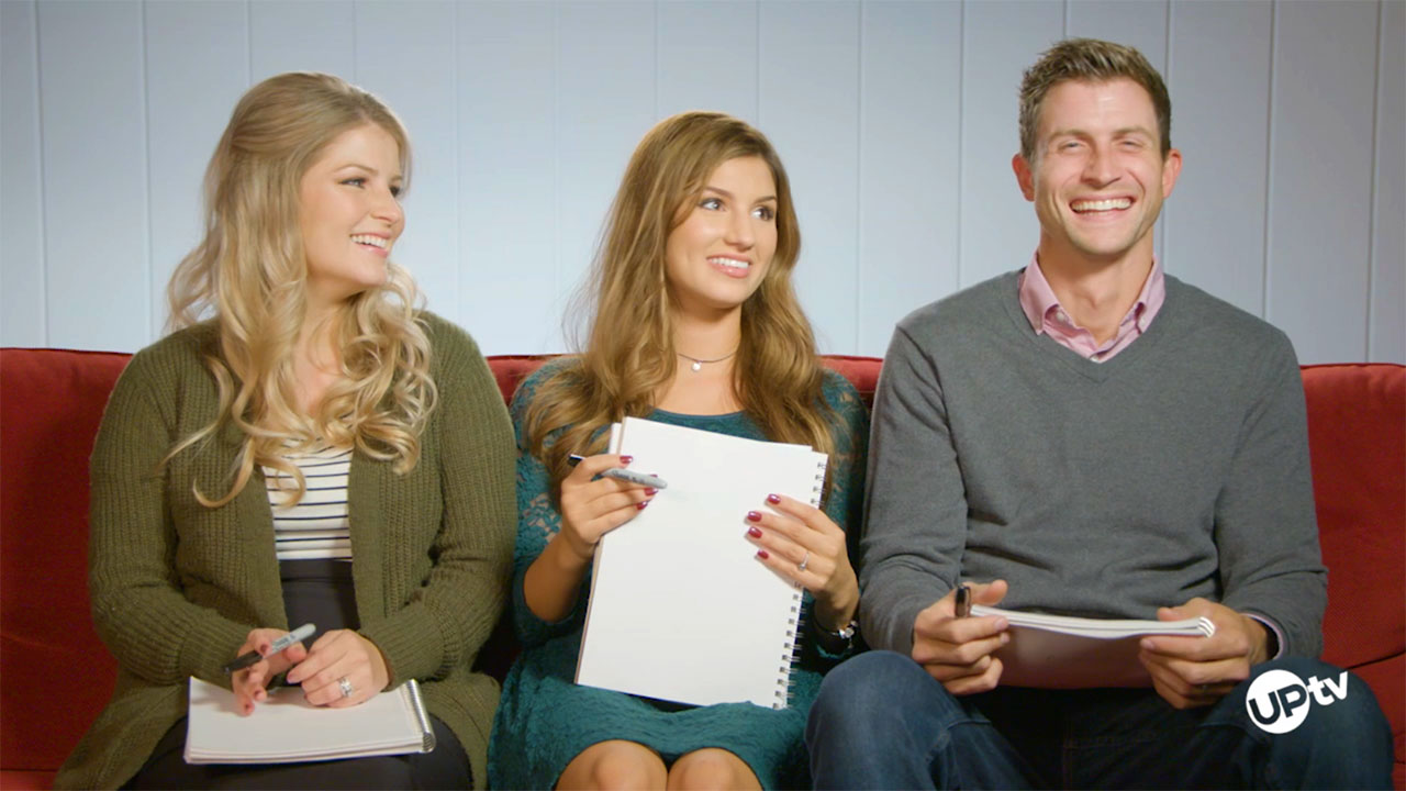 Bringing Up Bates - Bates Newlywed Game – Rubber Chicken Dinner