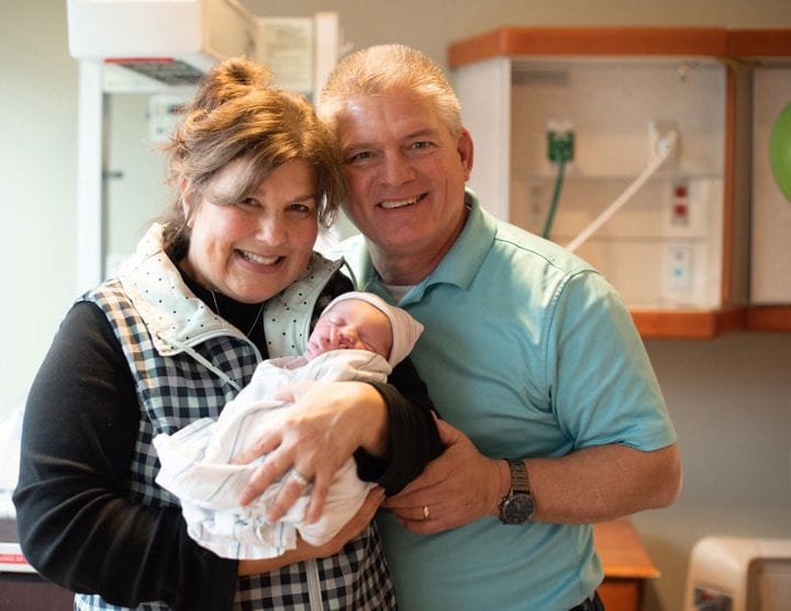Evan and Carlin (Bates) Stewart Welcome Baby Girl Layla Rae Stewart. PHOTO CREDIT: Taryn Yager