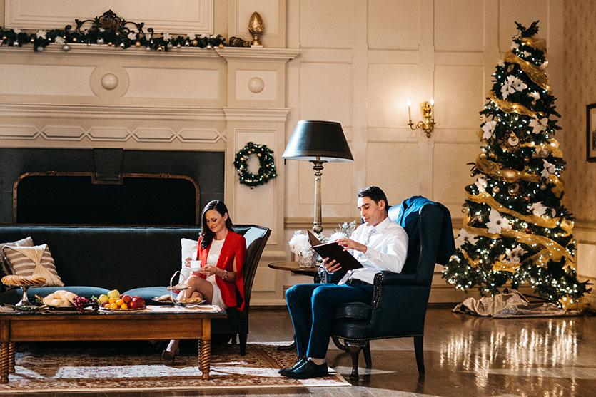 Christmas With a Prince: Becoming Royal - UPtv