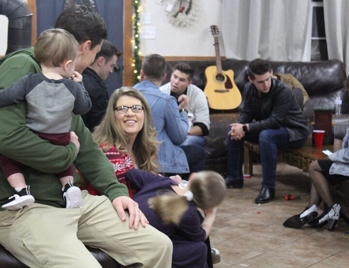 Bringing Up Bates Episode 913
