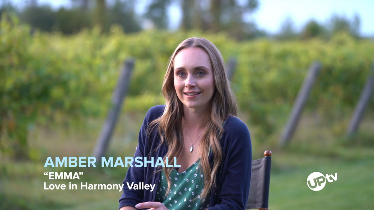 Love in Harmony Valley - Love In Harmony Valley – Behind The Scenes: Amber Marshall